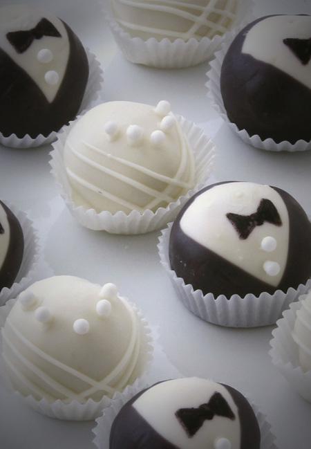 Toni Rivard Cakeballs